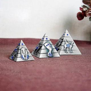⛰🐪⛰ Bộ 3 mô hình kim tự tháp Ai Cập (Màu Bạc Đá Xanh Dương) – Winz.vn