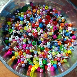 100gr hạt sắc màu nhiều loại làm handmade