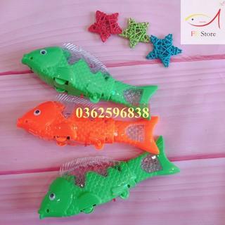 Đèn trung thu cá chép phát sáng và có nhạc hoàn toàn an toàn cho các bé giao màu ngẫu nhiên hoặc inbox check màu