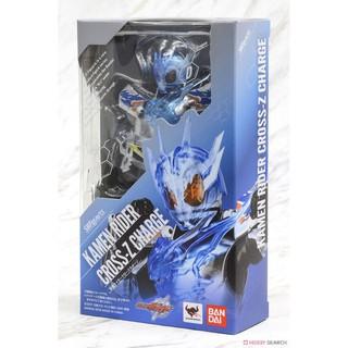 Mô hình chính hãng SHF Cross-Z Charge Kamen Rider Build S.H.Figuarts Bandai. New nguyên seal. Box đẹp