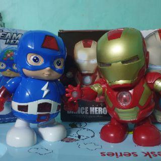[Combo] bộ đôi Siêu anh hùng Iron Man + American tự nhảy ( có nhạc + đèn led )