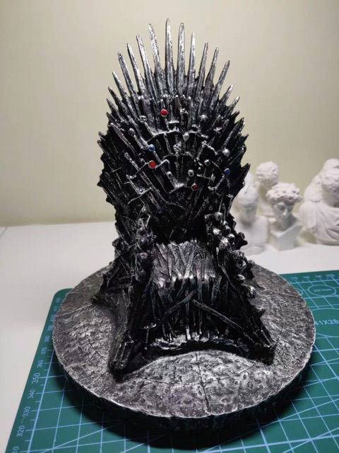 [Mô hình] Ngai sắt Iron throne