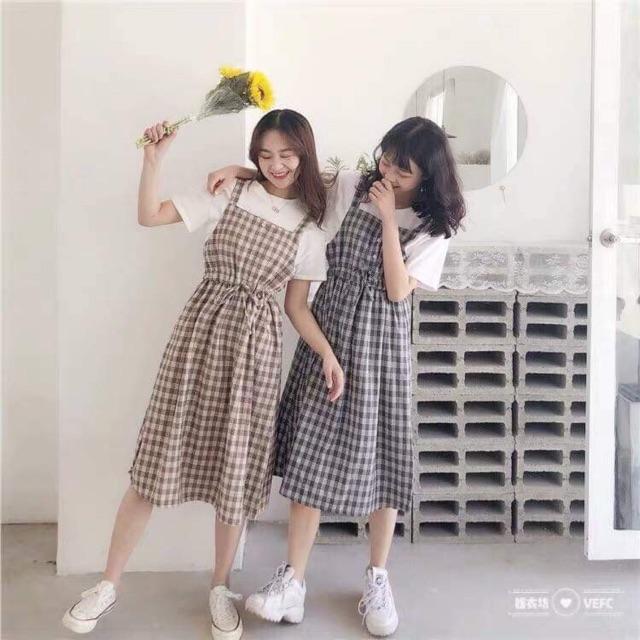 Váy yếm karo A1