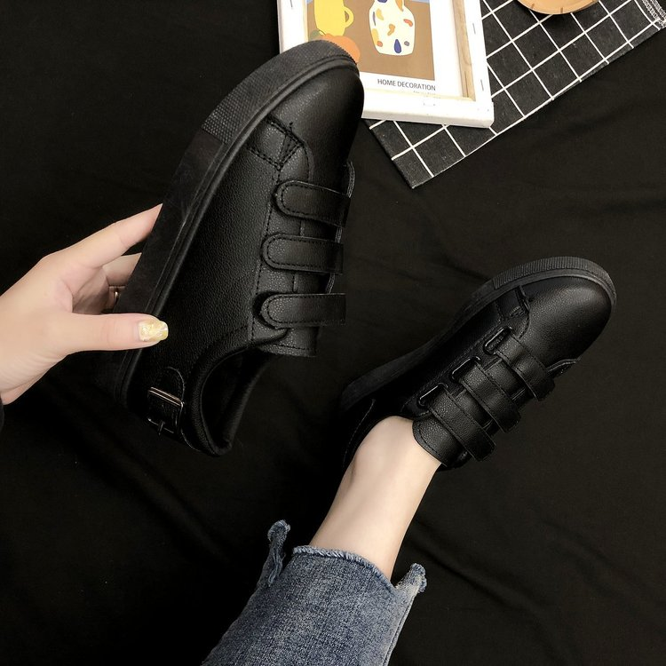 Giày thể thao chất liệu da đế bằng năng động thời trang cho bạn nữ