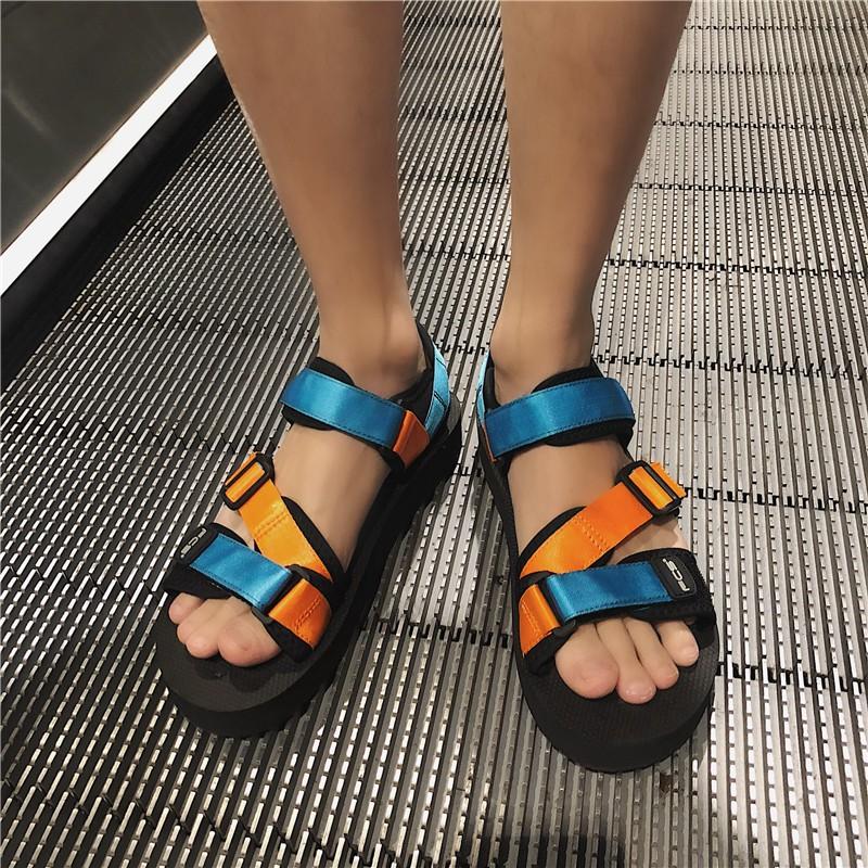Giày thể thao biển phong cách Hàn Quốc