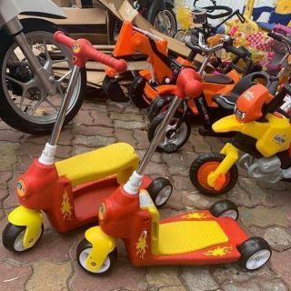 Scooter kiêm chòi chân