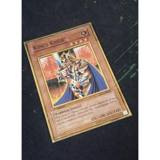 Chọn 1 lá Warrior trong các mẫu shop tăng thêm 4 lá random (Yugioh)