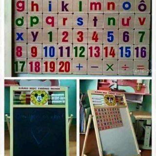 -BẢNG GHÉP HÌNH NAM CHÂM CHỮ VÀ SỐ Bảng ghép nam châm số và chữ gồm có hai mặt và bộ chữ số cho bé từ 3 đến 5 tuổi chơi.