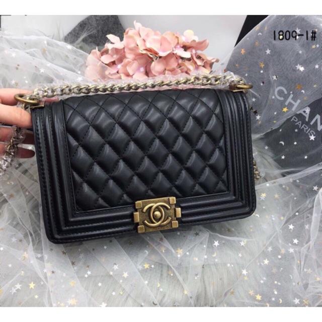 Túi Chanel Boy 25 (có video ảnh thật) - 2585772 , 31948748 , 322_31948748 , 400000 , Tui-Chanel-Boy-25-co-video-anh-that-322_31948748 , shopee.vn , Túi Chanel Boy 25 (có video ảnh thật)