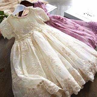 Đầm ren công chúa đáng yêu dành cho bé gái