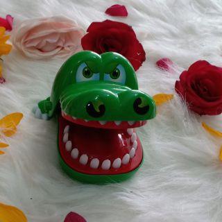 [ĐỒ CHƠI CHO BÉ] Khám răng cá sấu