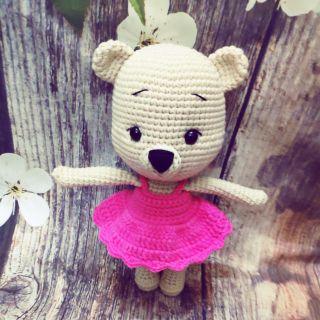 Thú bông móc lên handmade gấu váy hồng