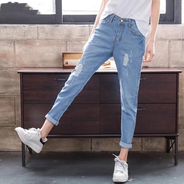 WAKILAT99 _Quần jean nữ baggy BIGSIZE rách ít tôn dáng, chất liệu dày dặn, phong cách năng động cá tính 2055