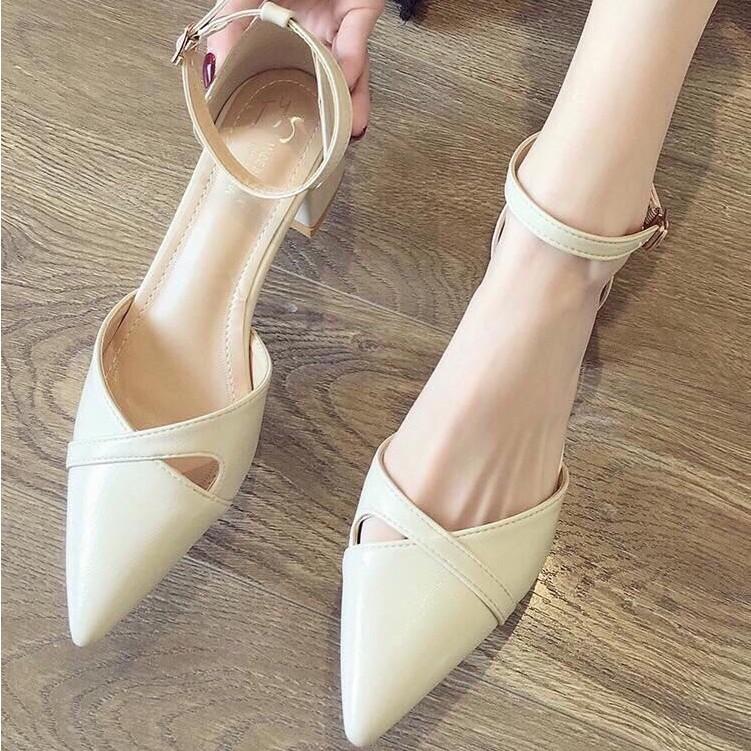 Giày sandal cao gót thời trang mũi nhọn, đế vuông cao 3p fom chuẩn size 35-40 màu đen và kem