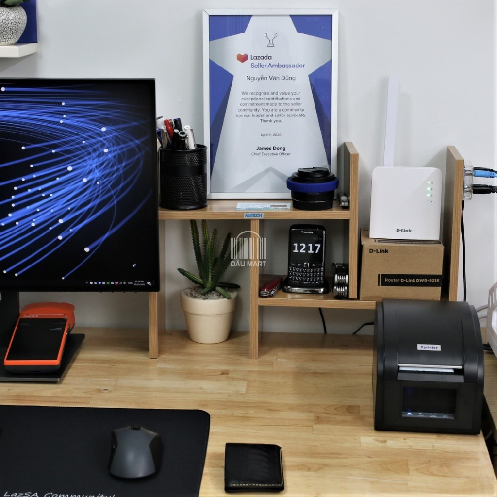 Bộ phát Wifi 4G DLink DWR-921E tích hợp 2 cổng LAN 300Mbps Hỗ trợ 32 thiết bị kết nối cùng lúc