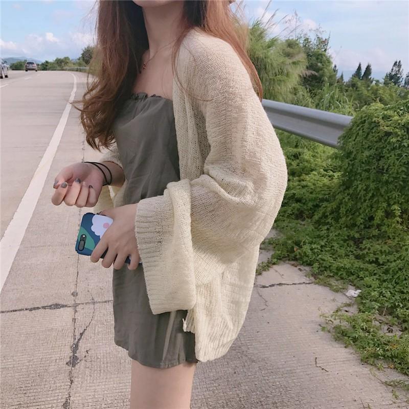 Áo khoác vải mỏng dài tay dáng rộng kiểu dáng hợp thời trang dành cho nữ