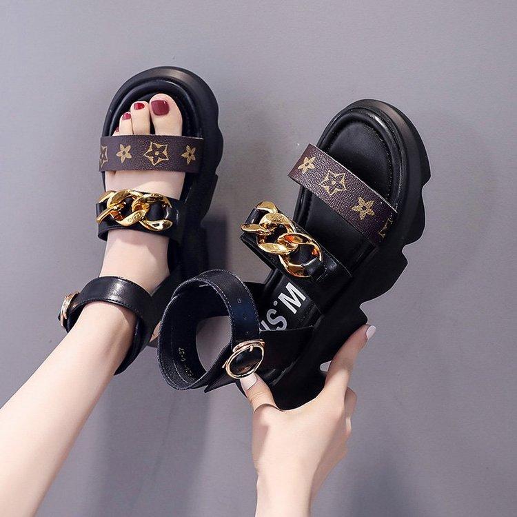 Sandals có khóa nịt mũi tròn cao vừa phải thời trang cho nữ