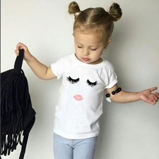 Áo thun ngắn tay họa tiết in lông mi đôi môi dành cho bé