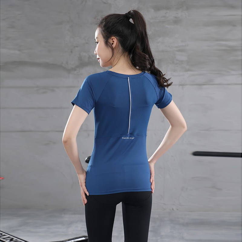 Mặc gì đẹp: Năng động với Áo tập gym nữ tay ngắn Louro FA10, kiểu áo tập Gym, Yoga, Zumba chất liệu siêu co giãn, có lỗ thoáng khí phía lưng