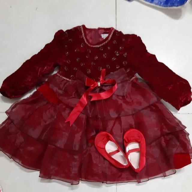 Đầm đỏ tầng cho bé ( Đào Trần)
