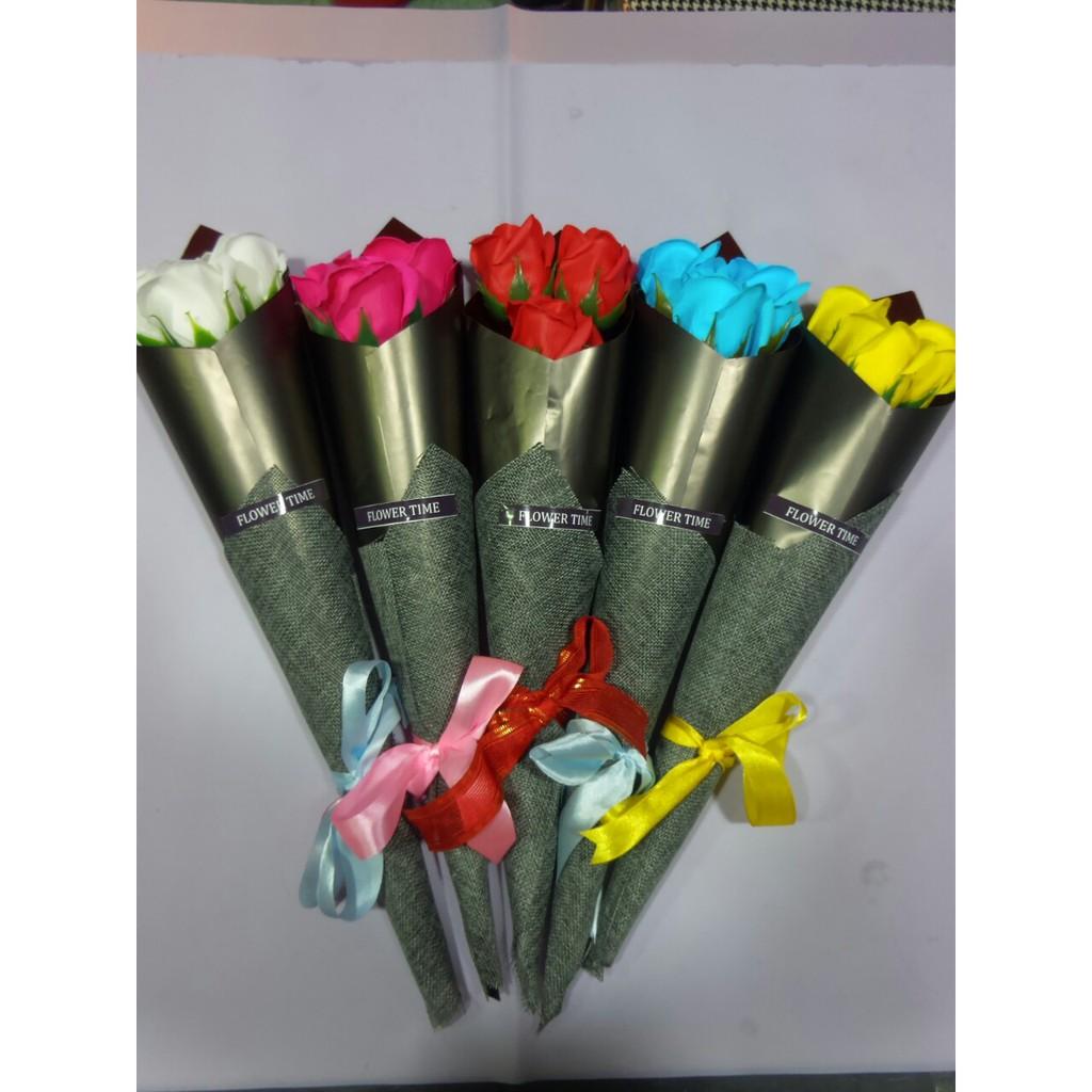 Hoa sáp bó 3 bông hình ốc quế