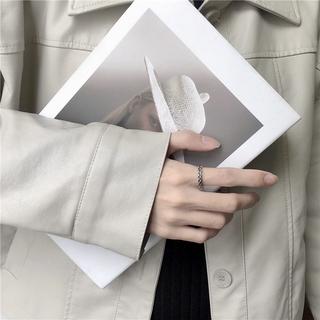 [Mã FAMAYFA giảm 10K đơn 50K] Nhẫn dạng xoắn thời trang Hàn Quốc sành điệu cho nam và nữ 1