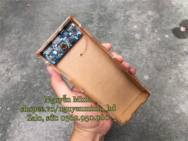 Box sạc dự phòng mica hỗ trợ sạc nhanh sử dụng mạch ROMOSS RT10 PRO (box không pin)