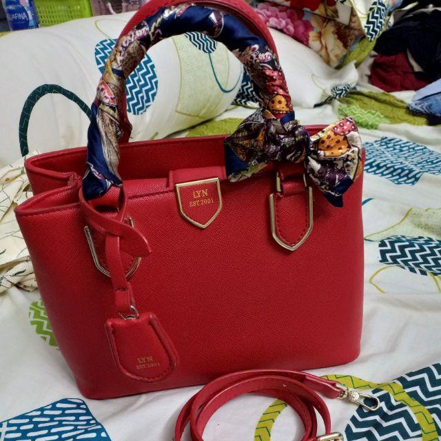 Thanh lý túi xách Lyn- đỏ