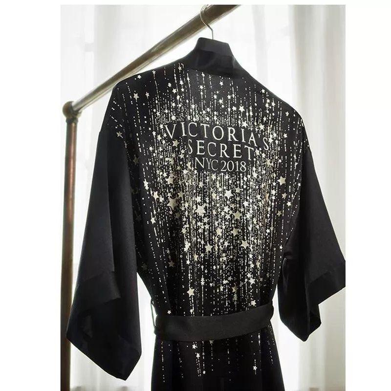 Áo Choàng Ngủ Vải Lụa Lạnh Mỏng In Hình Ngôi Sao Thời Trang Xuân Hè Châu Âu Cho Nữ