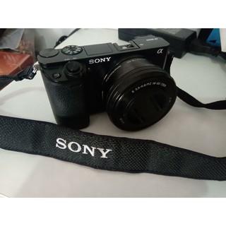Máy ảnh sony A6000