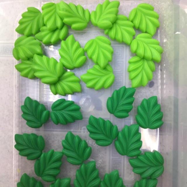 Mô hình trang trí chiếc lá, Charm trộn Slime