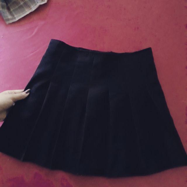 Chân váy tennis đen
