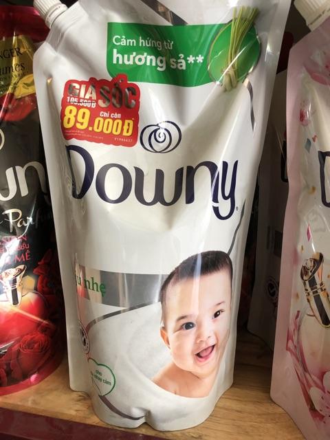 Nước xả vải Downy túi 1,5L