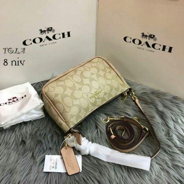กระเป๋าสะพายแบรนด์เนมCoach(new)