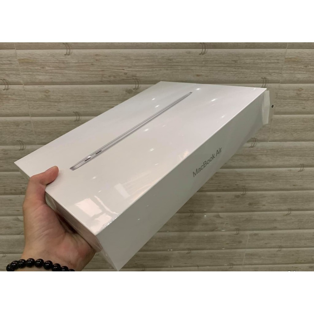 MacBook Air 2018 13 inch SSD 128G MREA2 silver new 100% chưa acti USA Giá chỉ 25.500.000₫