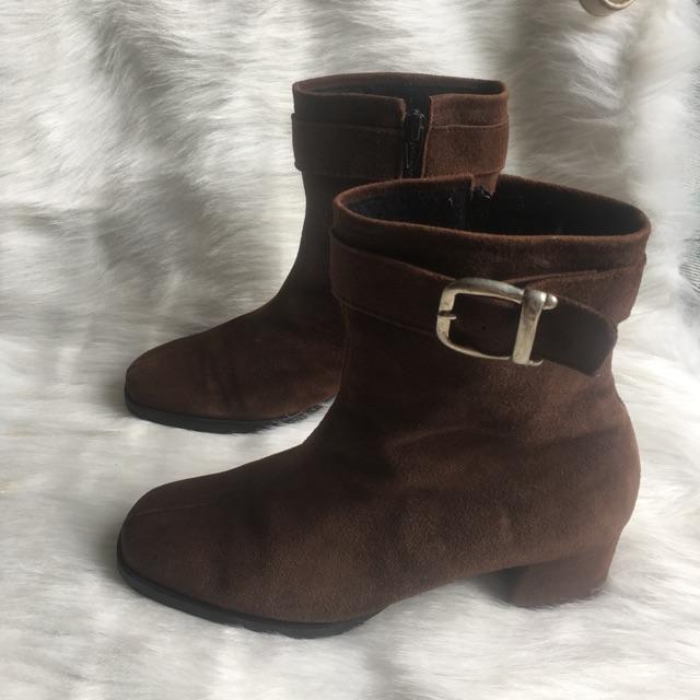Boot da lộn size 38
