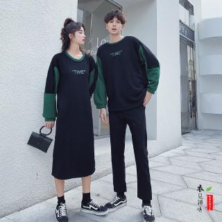 Đầm Sweater Cổ Tròn Hoạ Tiết Chữ In Cho Cặp Đôi