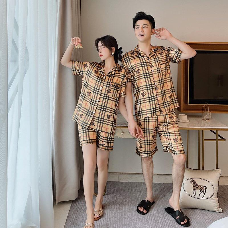 Mặc gì đẹp: Ngủ ngon với Pyjama lụa couple nam nữ kẻ sọc