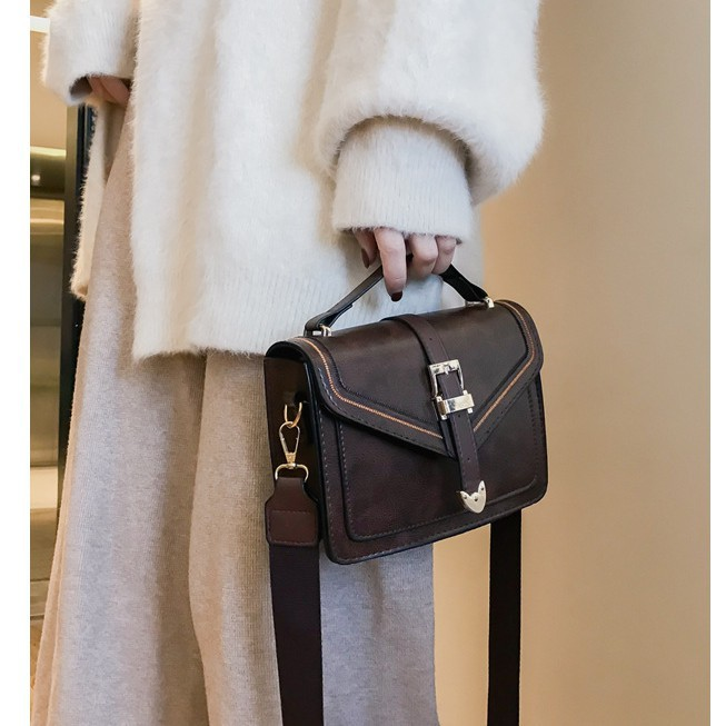 Túi đeo chéo da dây bản to - T970