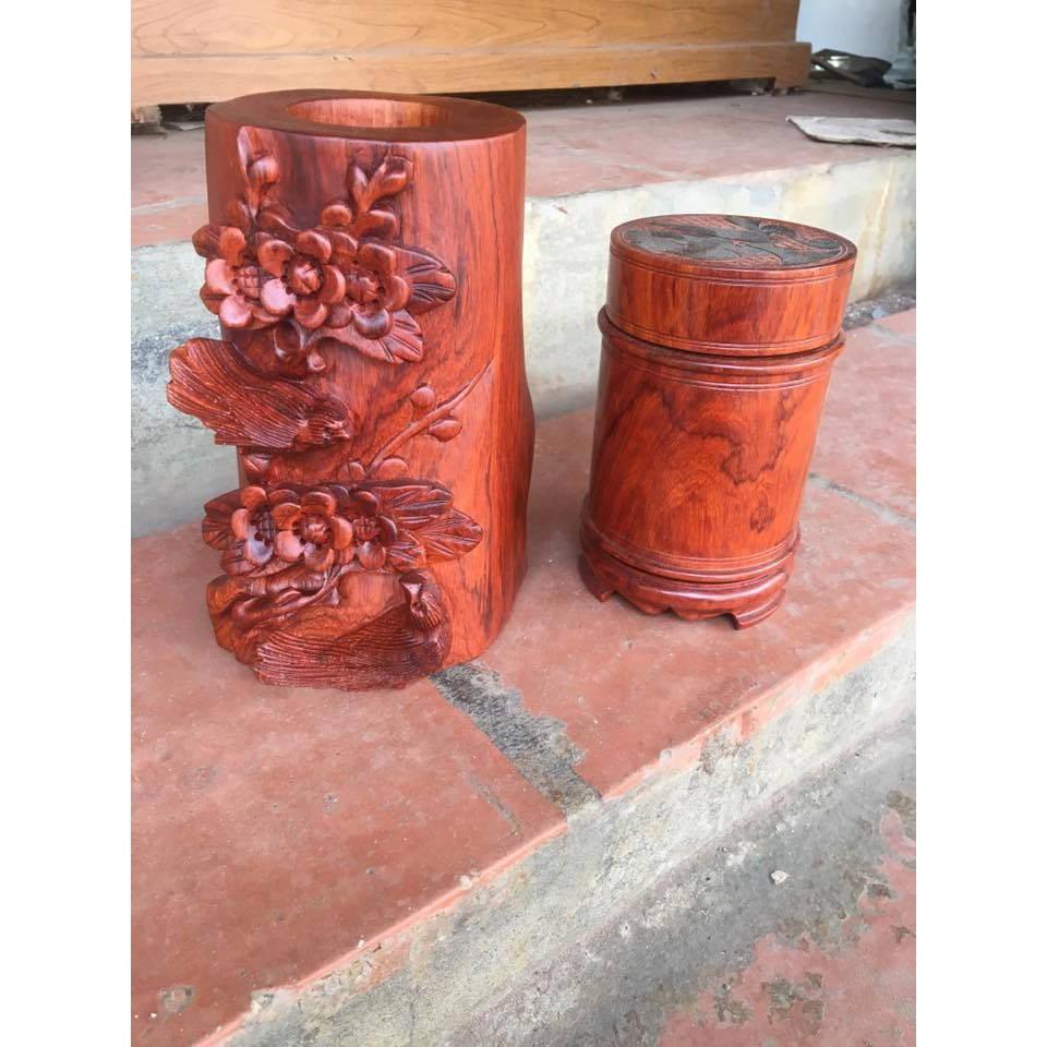Hộp đựng chè bằng gỗ hương trầm cao cấp ( quà tặng thật độc đáo và ý nghĩa) - 3060845 , 840184006 , 322_840184006 , 1080000 , Hop-dung-che-bang-go-huong-tram-cao-cap-qua-tang-that-doc-dao-va-y-nghia-322_840184006 , shopee.vn , Hộp đựng chè bằng gỗ hương trầm cao cấp ( quà tặng thật độc đáo và ý nghĩa)