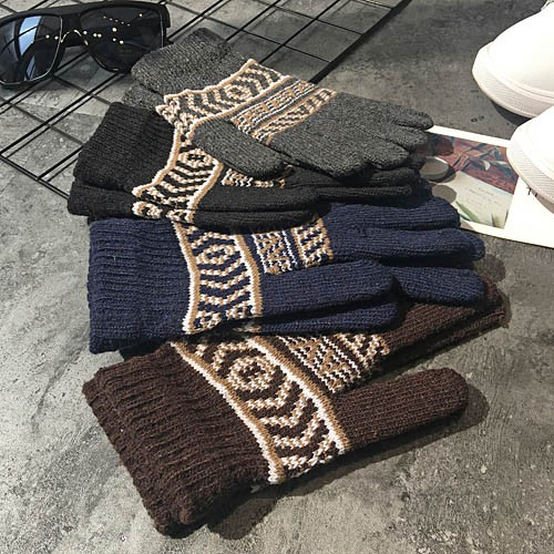 ◎♣Gloves men's new student hair line finger winter warm plus thick Korean version of the five-finger women cold proof