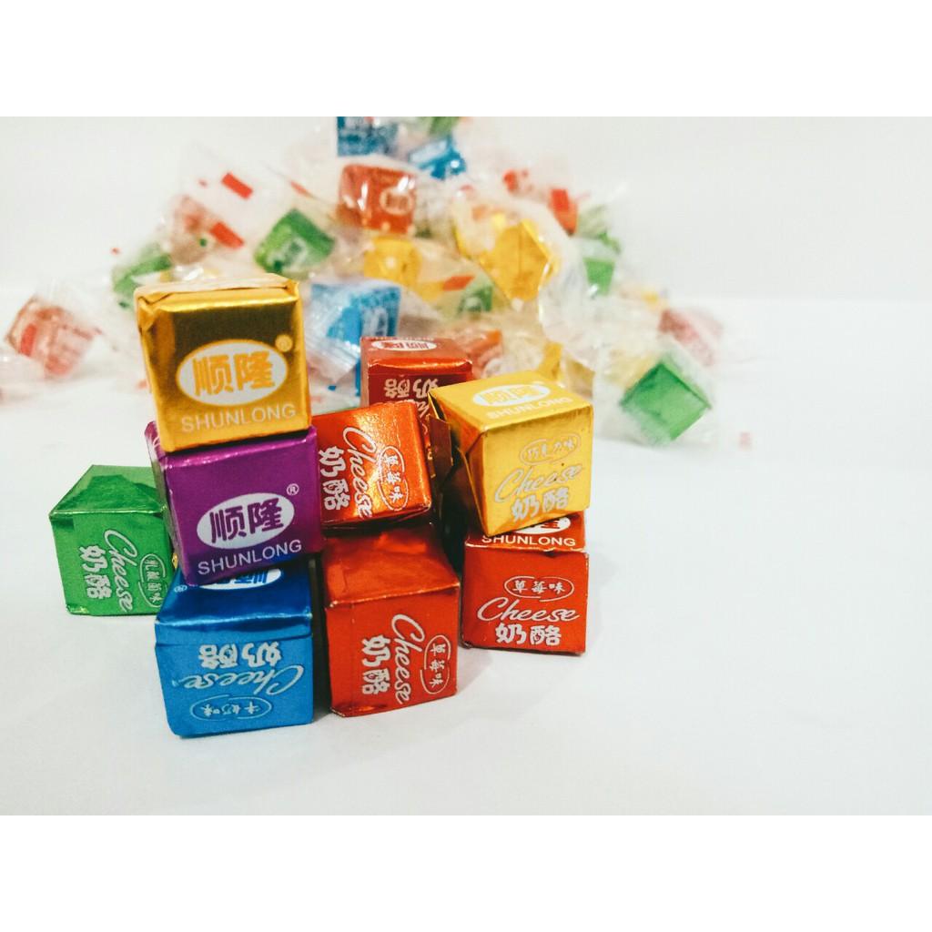 Kẹo Phô Mai Cheese Cube 150 Viên (Mix 5 Vị) - 2834615 , 964211220 , 322_964211220 , 160000 , Keo-Pho-Mai-Cheese-Cube-150-Vien-Mix-5-Vi-322_964211220 , shopee.vn , Kẹo Phô Mai Cheese Cube 150 Viên (Mix 5 Vị)