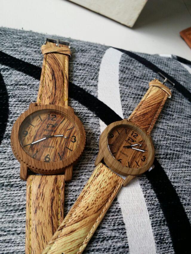 Đồng hồ giả gỗ thời trang độc đáo pinbo