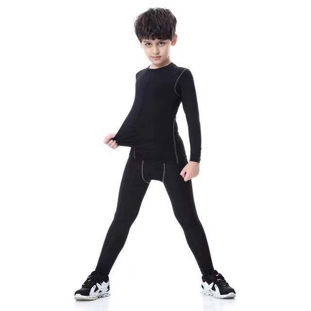 Bộ quần áo body trẻ em.