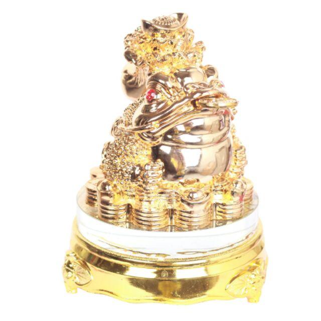Tượng Đá Thiềm Thừ cõng bắp cải (vàng kim)