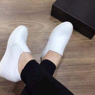 Giày độn đế da dê cao 7p của Evashoes đi êm mềm. Chất da dê sờ mịn tay đanh chất. Cực êm càng đi càng ấm càng mềm. Keo thumbnail