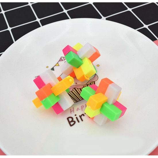 đồ chơi khóa nhựa giải đố