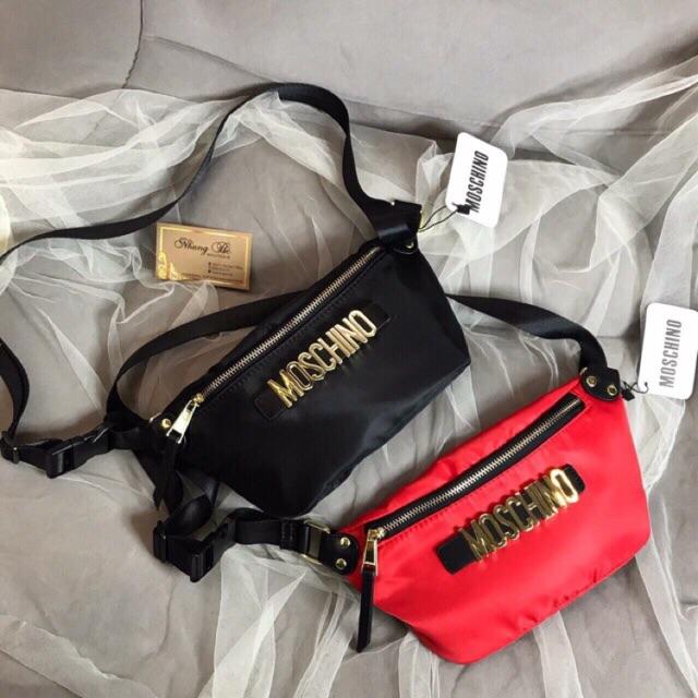 Túi đeo bụng Moschino - 13664805 , 1075821796 , 322_1075821796 , 225000 , Tui-deo-bung-Moschino-322_1075821796 , shopee.vn , Túi đeo bụng Moschino