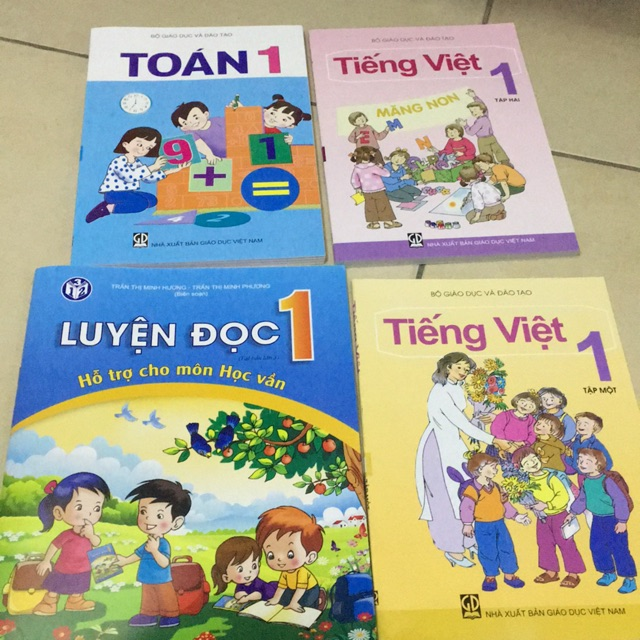 Sách - Toán + tiếng Việt lớp 1 ,luyện đọc 1