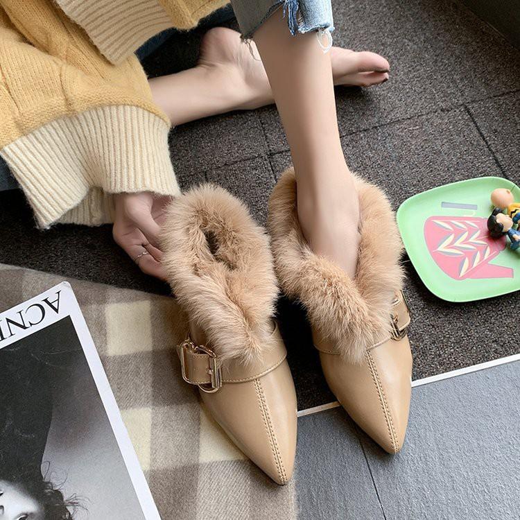 毛毛单鞋女2019 new Korean fashion ins tide belt buckle pointed thick heel shoes wild women shoes